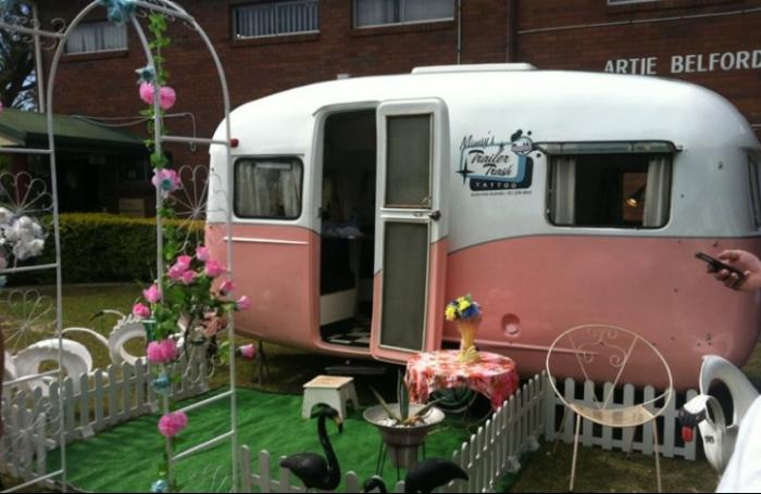 mimsy gleeson caravan.PNG